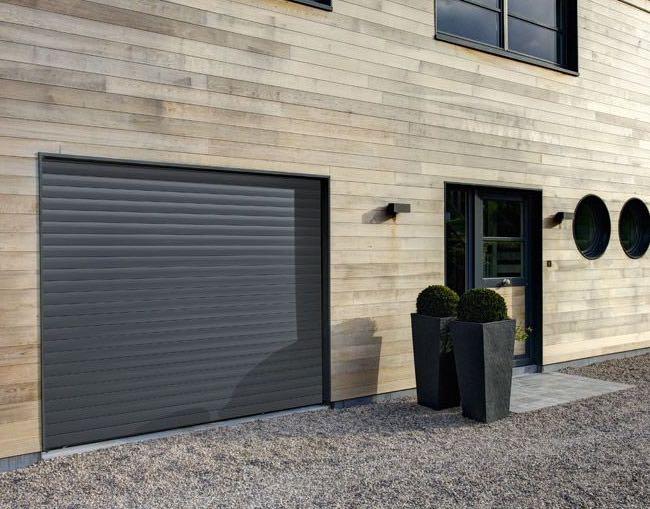 Porte de garage maison enroulable