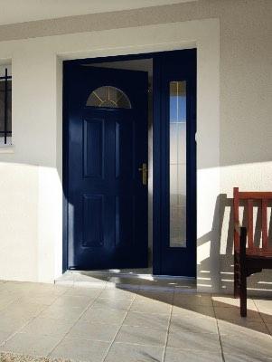 Porte d'entrée en acier bleu avec fixe